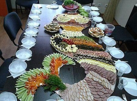 стол закуска русалка