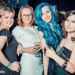 голубые-цветные волосы