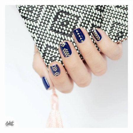 риснок на ногтях