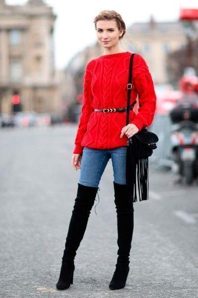 красный свитер брюки