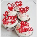 Valentine Cupcake Toppers sand and sisal