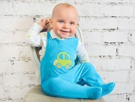 малыш в одежде