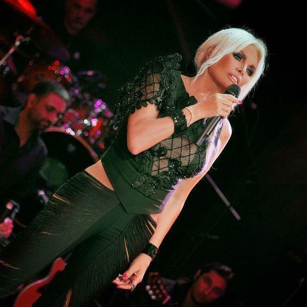71-летняя певица выглядит на 40 лет моложе и хочет родить