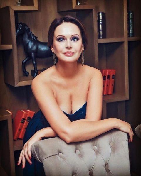 Ирина Безрукова рассказала, кто ей помогает строить личную жизнь