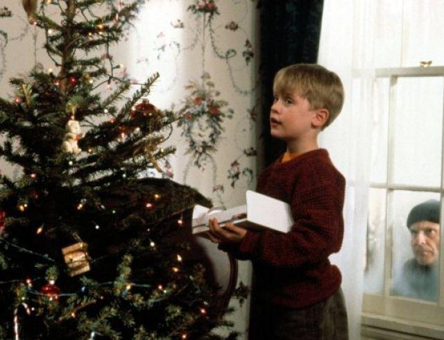 Как у Кевина Маккаллистера: новогодние венки своими руками (ФОТО)