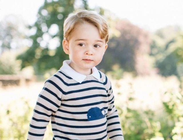 Принц Джордж умилил весь мир своим письмом к Санте