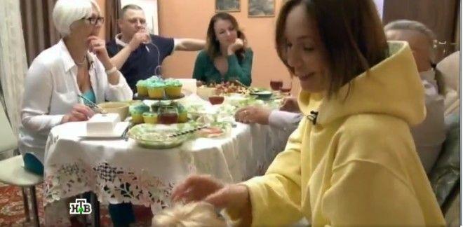 Альбина Джанабаева показала дом, в котором родилась