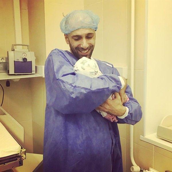 Евгений Папунаишвили стал отцом в собственный день рождения