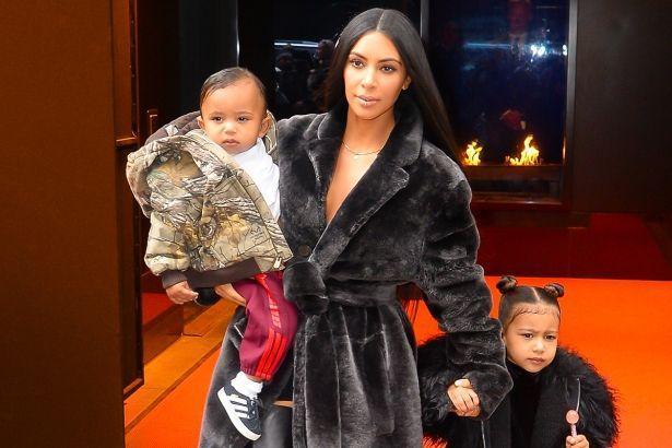 Ким Кардашьян прокомментировала новость о планировании четвертого ребенка