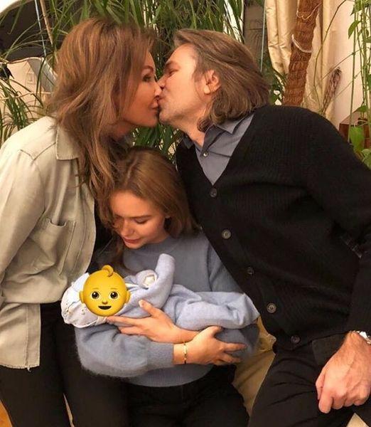 Жена Дмитрия Маликова рассказала о первых днях жизни новорожденного сына