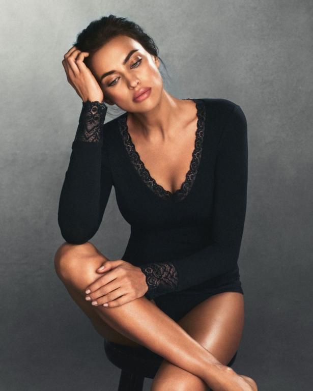 Ирина Шейк продемонстрировала идеальные формы в рекламной фотосессии нижнего белья (ФОТО)