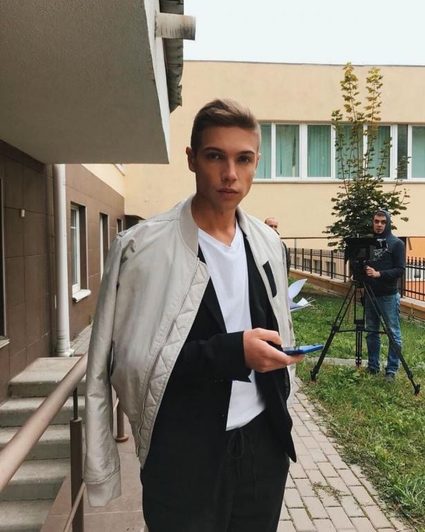 """Звезда """"Школы"""" Александр Петренко рассказал, чем зарабатывал на жизнь до актерского дебюта"""