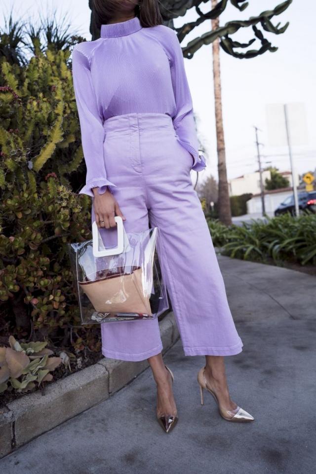 Модный тренд 2018 — пластиковая прозрачная сумка