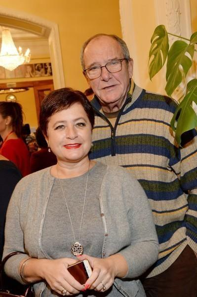 Срочно нужна няня: Эммануил Виторган стал отцом в третий раз