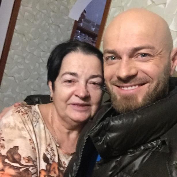 Влад Яма показал своих родителей (ФОТО)