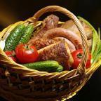Что положить в пасхальную корзинку: список содержимого для освящения на Пасху