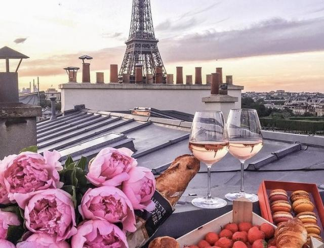 Французский ужин : первое, второе и Париж
