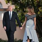 Мелания Трамп в полосатом платье стала модным вдохновением недели (ФОТО)