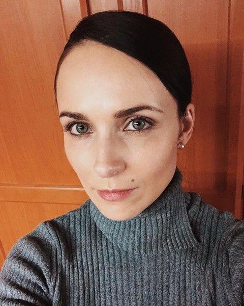 Анна Снаткина радикально сменила прическу и резко похудела
