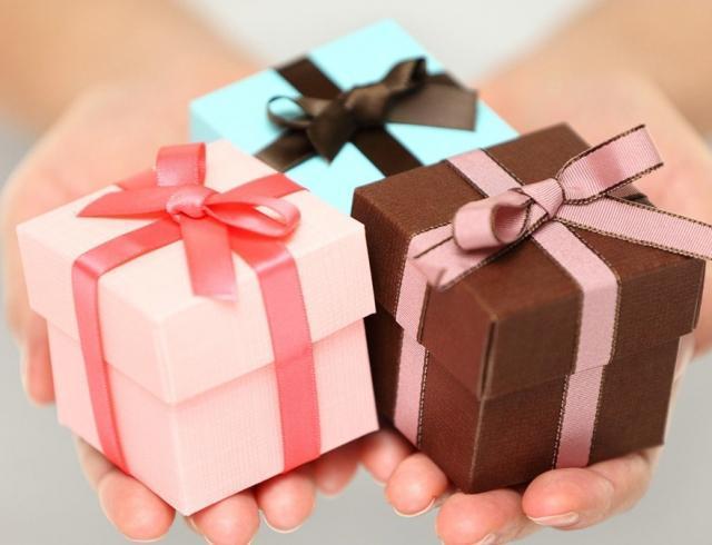 Трудоголики Кабаны и авантюристы Лошади: выбираем подарок по году рождения