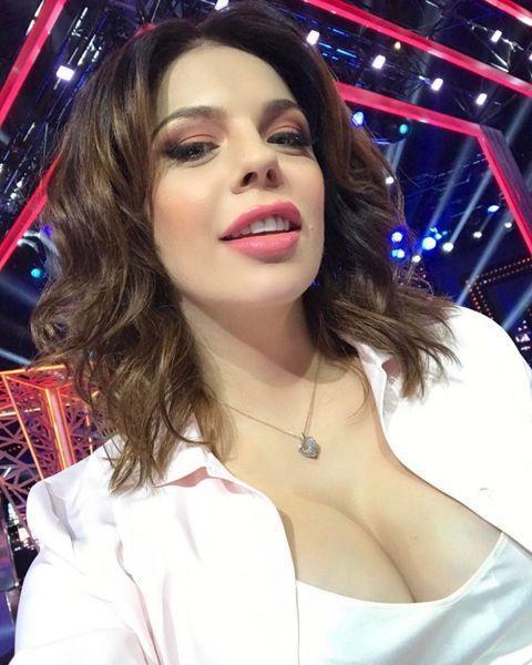 Анастасия Стоцкая рассказала, как худеет после рождения второго ребенка