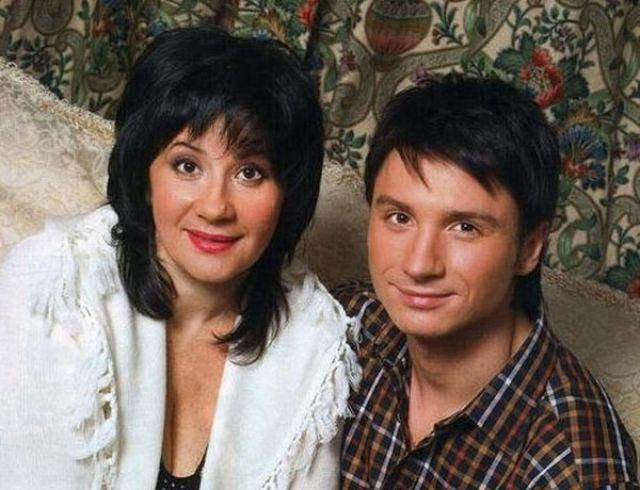 Мама Сергея Лазарева ответила на критику личной жизни сына