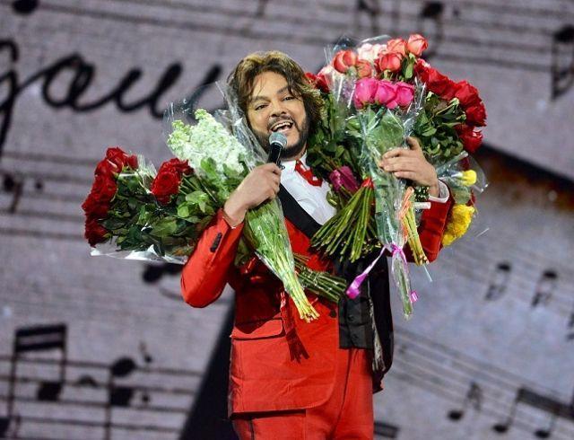 Филипп Киркоров засветил торс во время гастролей