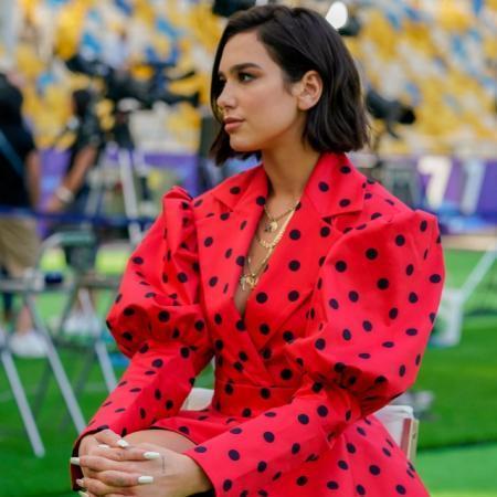Дуа Липа в Киеве блеснула в платье от украинского бренда (ФОТО)