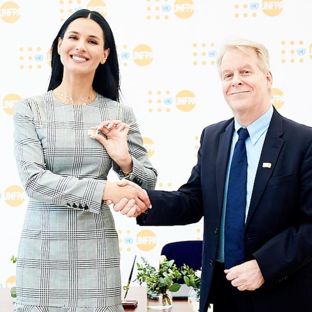 Машу Ефросинину назначили почетным послом ООН