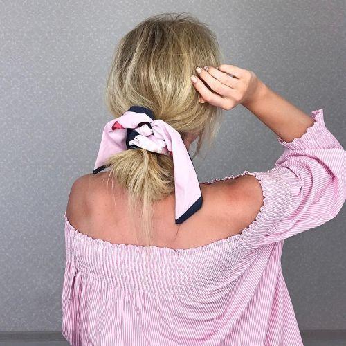 Тренд 2018: как использовать платок в прическе