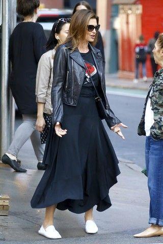 Потеряла форму: Синди Кроуфорд из супермодели превратилась в «тетку»