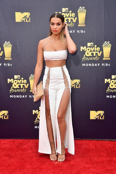 Назван самый откровенный наряд церемонии MTV Movie&TV Awards