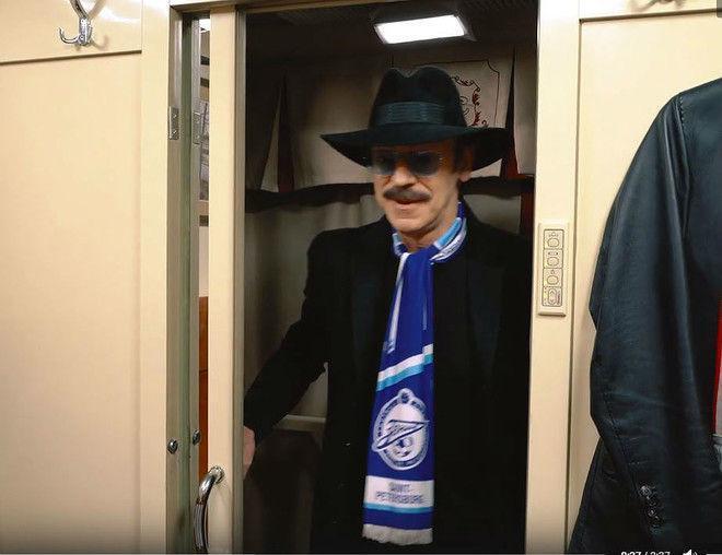 Михаил Боярский устроил потасовку в поезде
