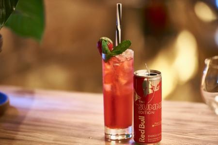 Летние освежающие коктейли с джином и энергетиками