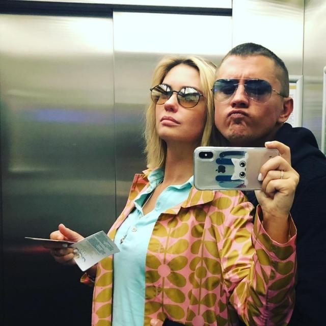 Актриса Агата Муцениеце впервые прокомментировала слухи о расставании с Павлом Прилучным
