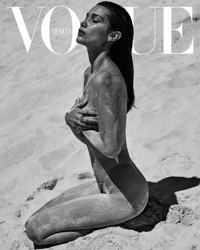 Белла Хадид обнажилась для обложки Vogue (ФОТО)