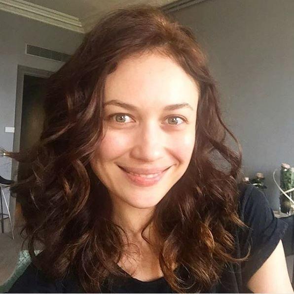 38-летняя Ольга Куриленко показала себя без макияжа