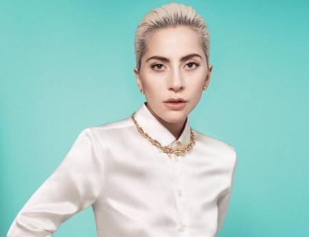 Леди Гага искупалась в океане и стала героиней пикантного фотосета (ФОТО)
