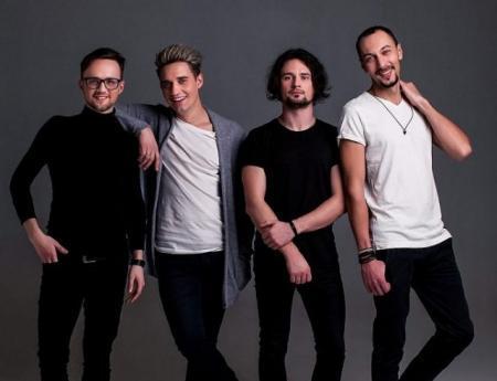 """Группа Fontaliza впервые презентует украиноязычный альбом: встречайте """"Фірмові рухи"""""""