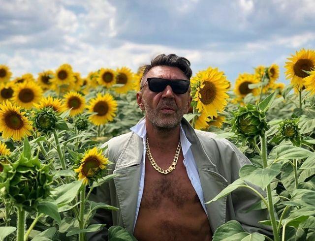 Сергей Шнуров спустя месяц после развода показал новую девушку (ФОТО)
