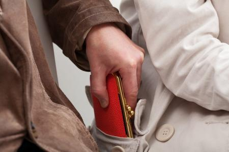 Какое наказание последует за мелкую кражу?