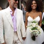 Жена Венсана Касселя выложила горячее фото с медового месяца