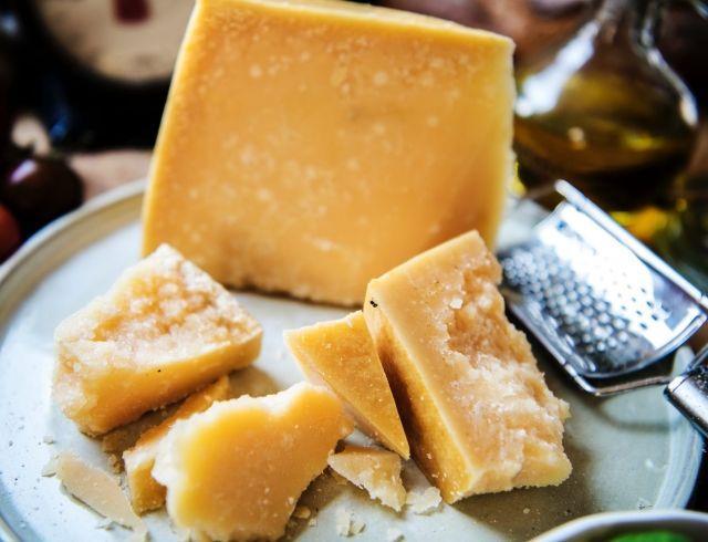 Сыр и проблемный желудок: как быть?