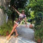 Модный экстрим: Волочкова укоротила и без того смелое мини-платье