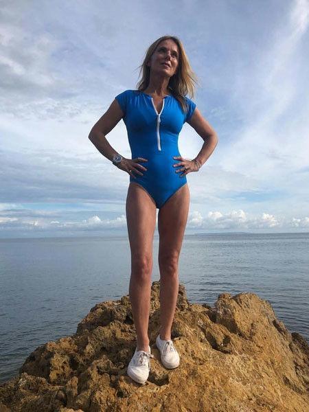 46-летняя участница Spice Girls сохранила фигуру, как у 20-летней