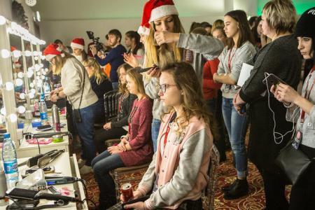 «Рождественский караван» привез подарки детям