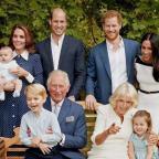 Елизавета II собрала семью на праздничный обед в Букингемском дворце (ФОТО)