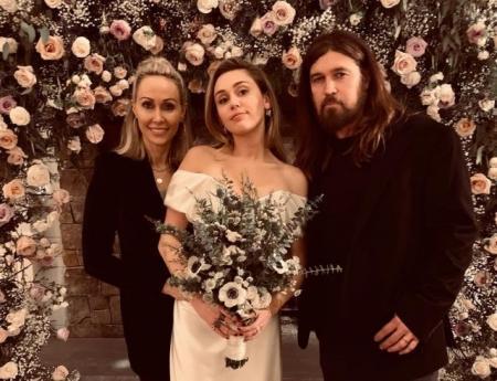 Стало известно, почему свадьба Майли Сайрус и Лиама Хемсворта прошла без родителей актера