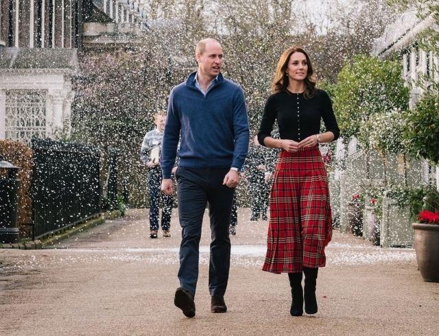 Кейт Миддлтон и принц Уильям посетили рождественскую вечеринку (ФОТО+ВИДЕО)