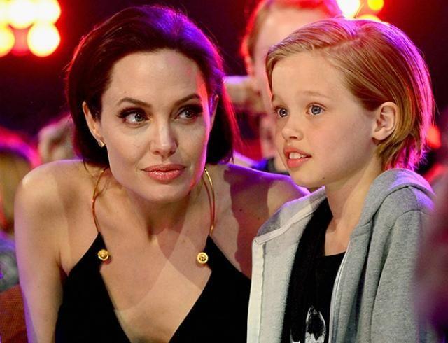 Дочь Джоли и Питта так хочет жить с бабушкой и дедушкой, что даже убегала из дома
